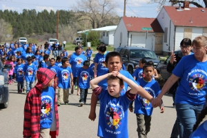 Rosebud Elementary Students were accompanied by family members and school staff on the 5th Annual Autism Awareness Walk held on April 24, 2015. Photo by Vi Waln